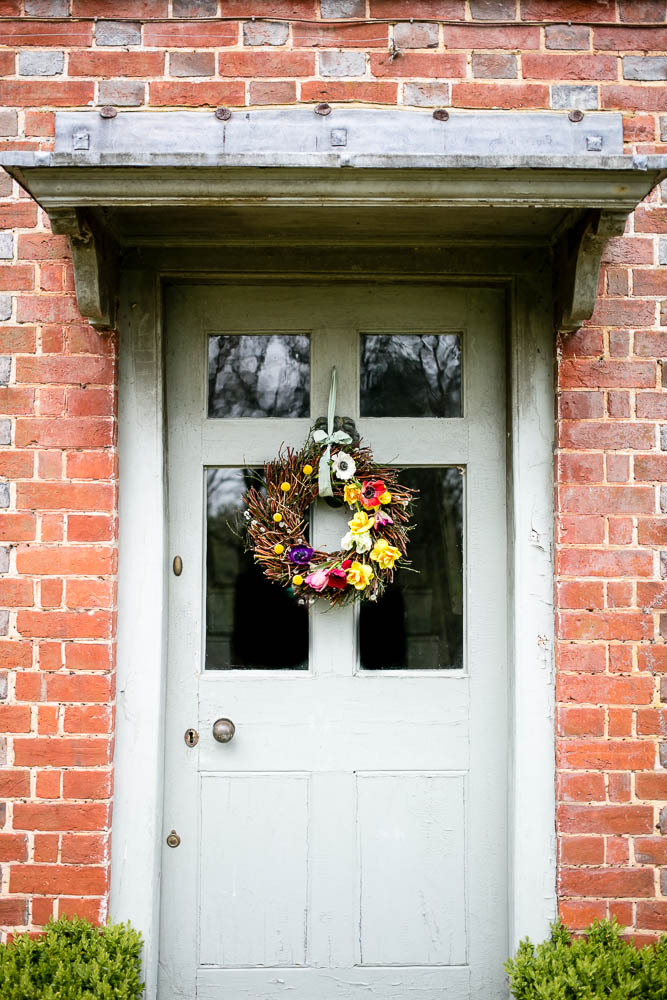 Spring Door Wreath by Housewife Confidential-1-4