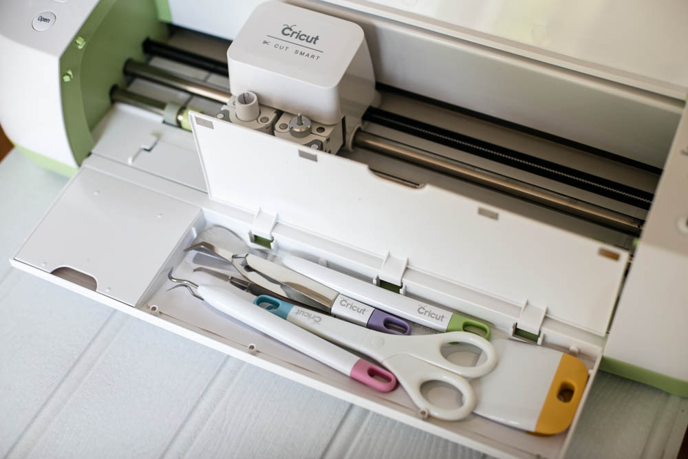 5 Reasons You'll Love the Cricut Explore from Housewife Confidential-3