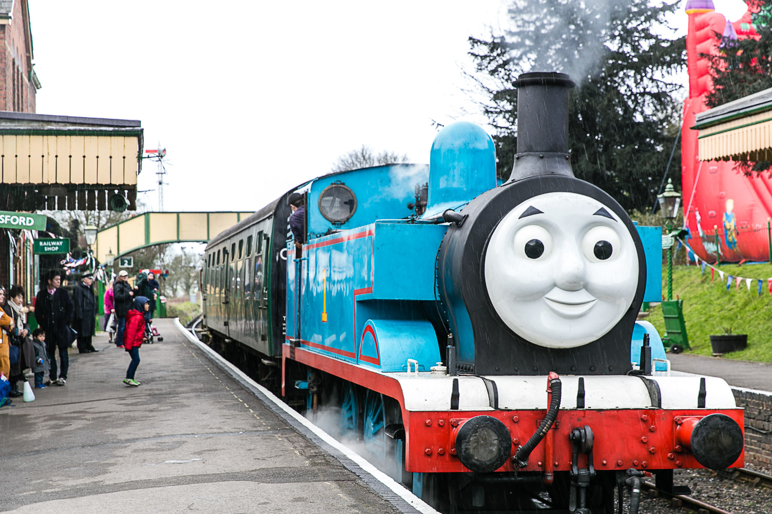 Watercress Line Day Out with Thomas at Housewife Confidential