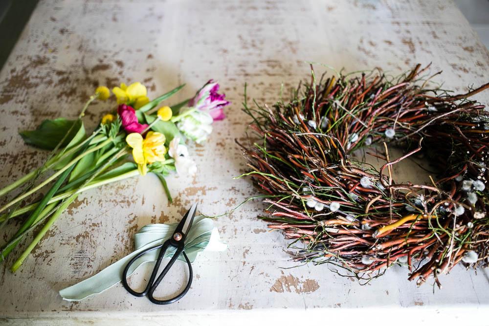 Spring Door Wreath by Housewife Confidential-1-3